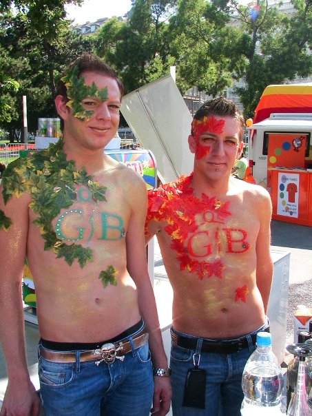 """Boylesque (Vienna Gay Pride)"" (Regenbogenparade / Rainbow Parade along Ringstrasse, Austria, 2005)"